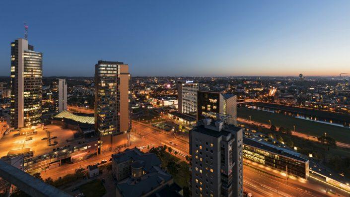 Vilniaus šviesos naktį